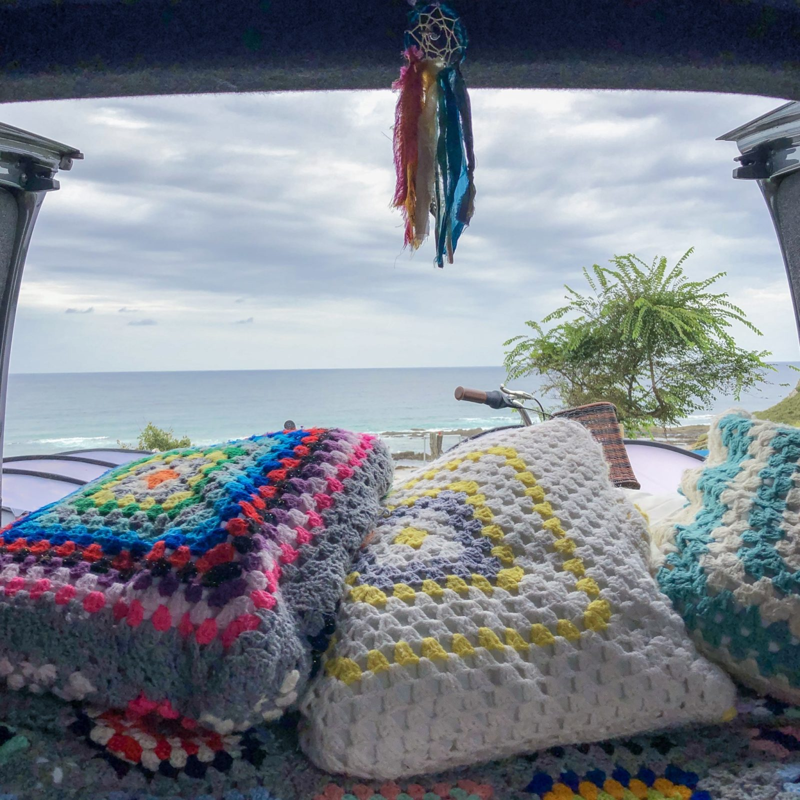 Boho accessories for vanlife: Homemade decor ideas for camper