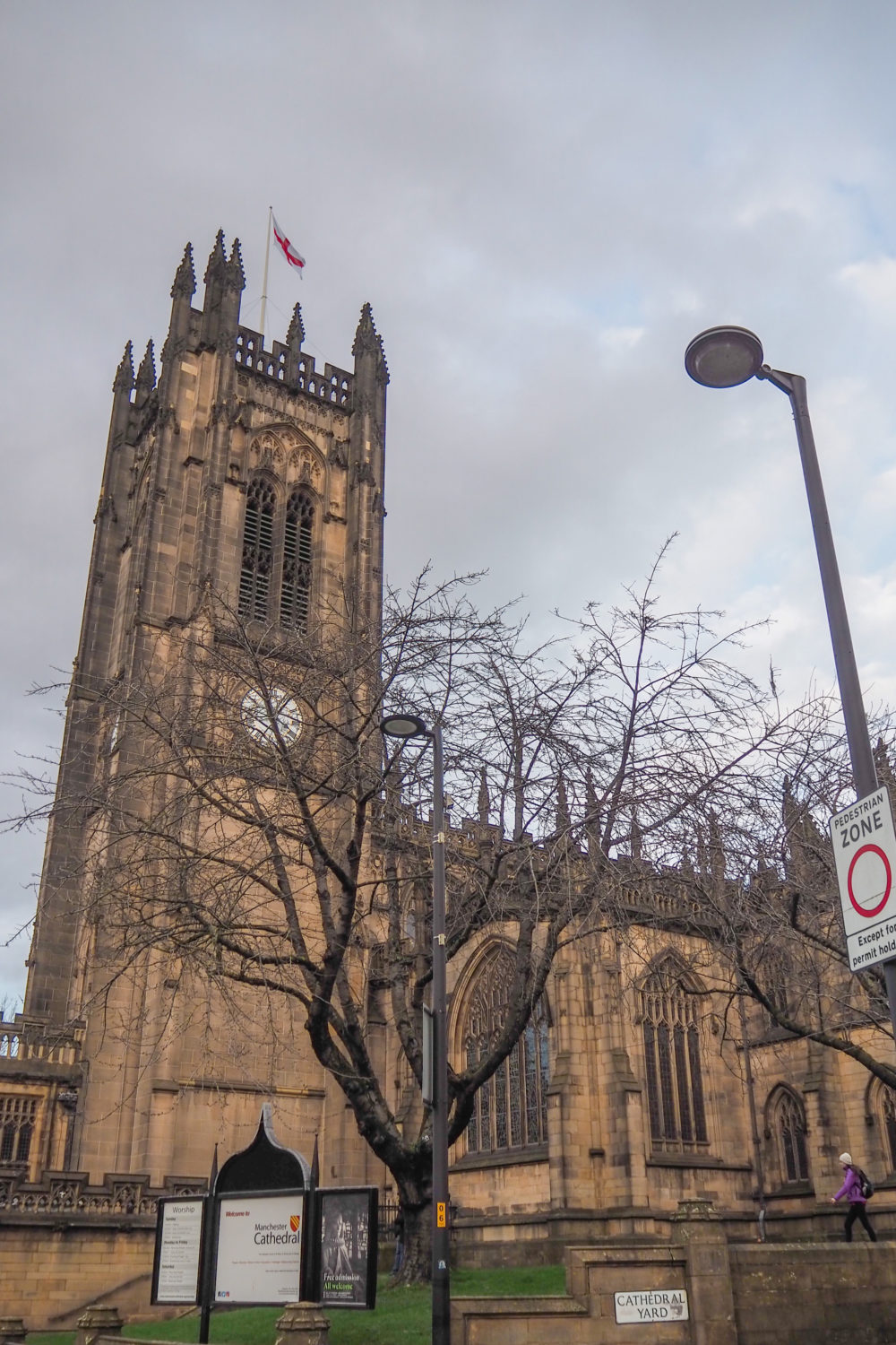 day trip to Manchester to visit cathedral travelling with National express