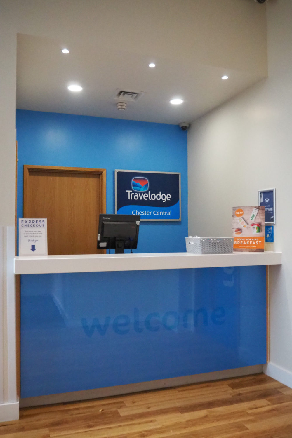Travelodge Chester Central reception desk